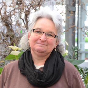 <strong>Lisa Manhard</strong>